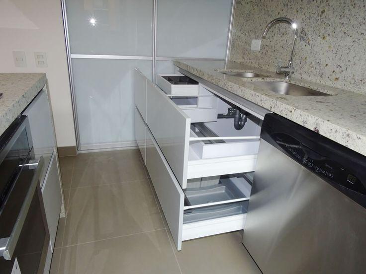 Impartimos a todo nuestro personal un enfoque mas agradable y decente en cuanto al diseño y terminación del mobiliario de cada cocina.