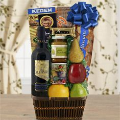 Tel Aviv Fruit & Red Wine Kosher Gift Basket