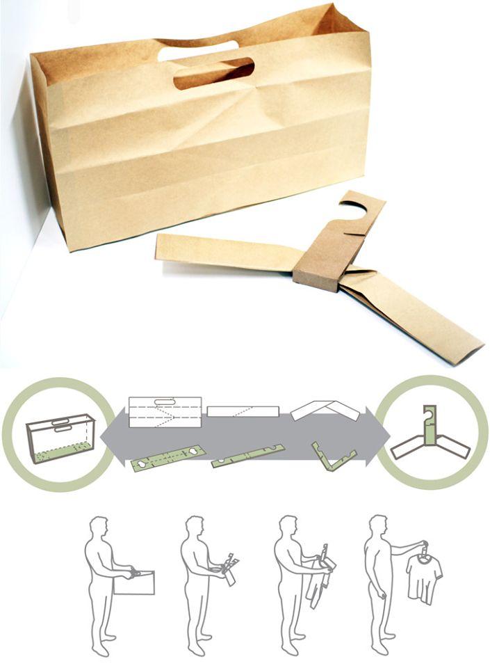 Percha fabricada con bolsa de cartón