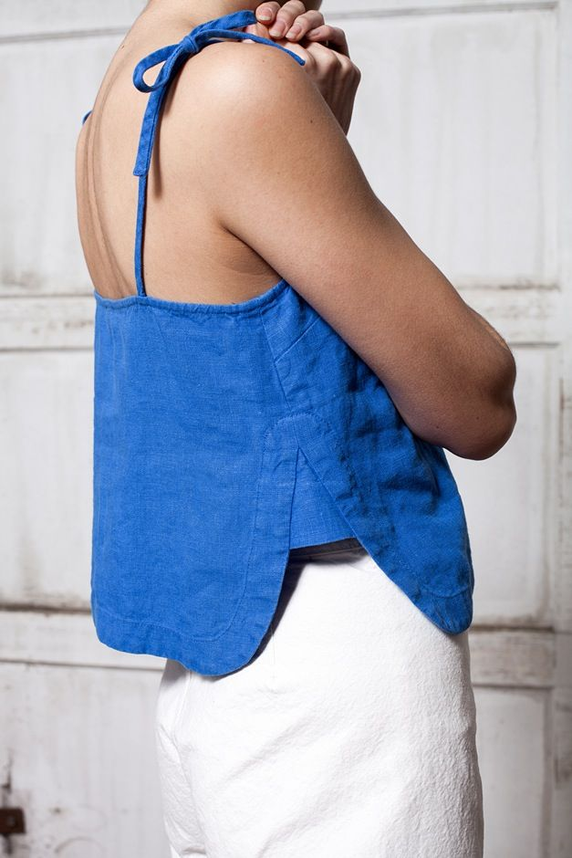 Small panel to fill the split to make a top bigger at the waist or hips | Image of Rachel Comey Sol Crop Top - blue