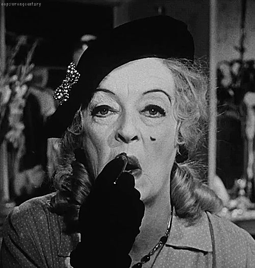 Fonte: oopswrongcentury  #bette davis #Whatever happened to baby jane #whatever happened to baby jane?