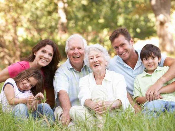 Ελληνική οικογένεια: «Δεμένοι» ή εξαρτημένοι;