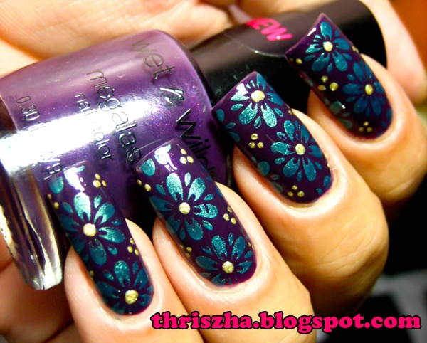 Wet n Wild Disturbia: Nails Luuuuv, Nails Art, Pretty Nails, Image Plates, View, Flowers, Blue Nails