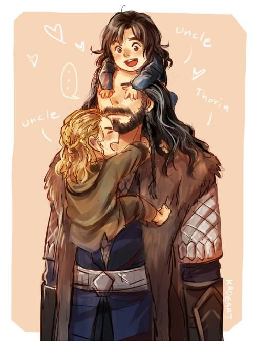 Little Kili and Fili with Uncle Thorin<----- is it me or do they look like thor and loki md babies.... Crossover!!