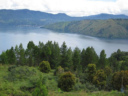 Pictureque of Lake Toba