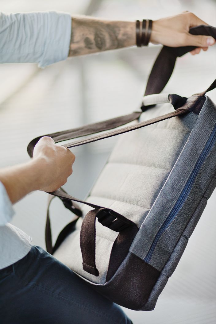 Acme | Peak Messenger Bag - can be easily transformed into a backpack and vice versa. The PEAK messenger bag & backpack therefore has many special sizes and layout compartments, helping one to organize various digital devices and daily essentials.
