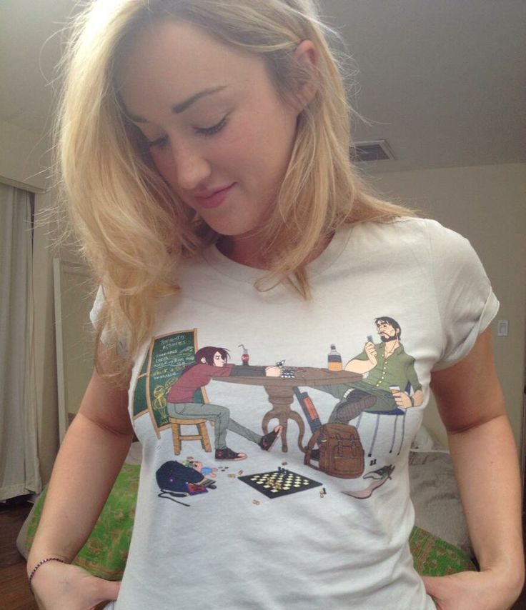 Ashley Johnson is digging Feli Tomkinson winning design 'Killin' Time' from WeLoveFine