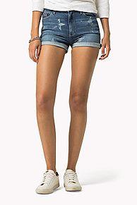 Shop de denim korte broek met print en verken de Tommy Hilfiger korte broeken  collectie voor dames. Gratis retourneren & verzending vanaf €50. 8719253180866