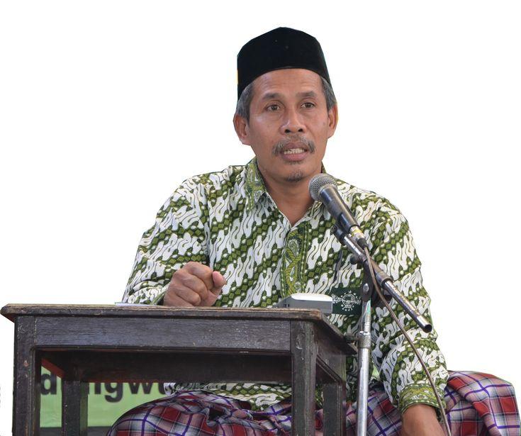 KH Marzuki Mustamar: Tawasul Bukan Perbuatan Syirik | Liputan Islam