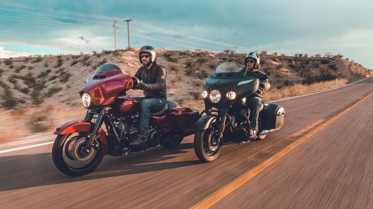 On Two Wheels: Harley Street Glide Special & Indian Chieftain Dark Horse -  Chasing the Eclipse.    http://motorcyclistonline.com/on-two-wheels-harley-street-glide-special-indian-chieftain-dark-horse-chasing-eclipse