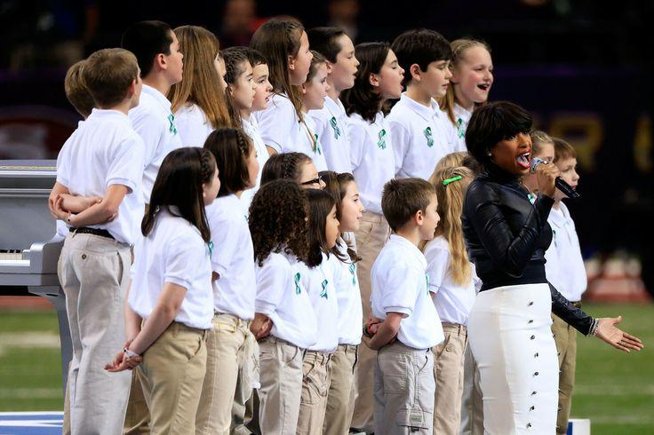 Singer Jennifer Hudson performs 'America The Beautiful' with the Sandy Hook Elementary School Chorus
