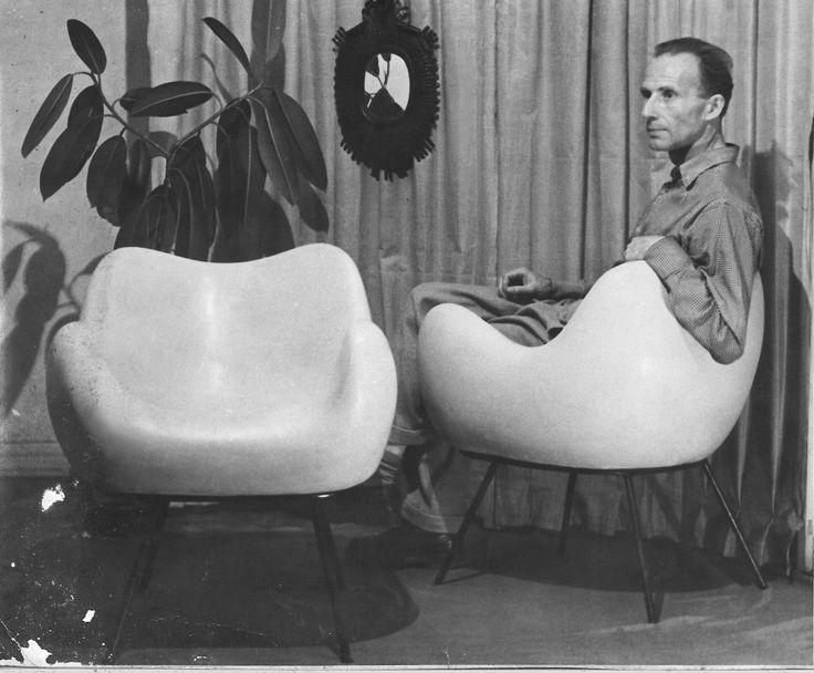 Roman Modzelewski and his armchair
