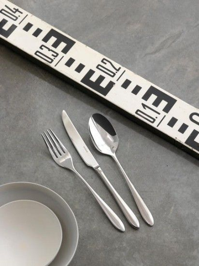 Dream cutlery by Sambonet is a simple yet beautiful design. Each piece is smooth and slender in profile. Like a harmonious dream, the fluid contours of this pattern fit into the hand perfectly. Casual meal or formal occasion, this cutlery set is a Dream to use.