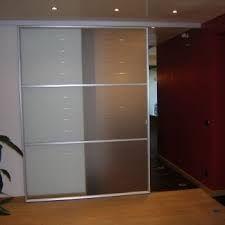 Oltre 25 fantastiche idee su porte scorrevoli su pinterest porta scorrevole porte a - Porte scorrevoli su binario esterno ...