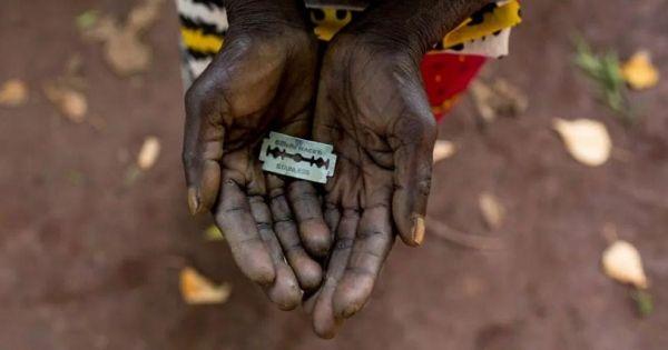 Setki milionów kobiet na całym świecie poddawanych jest zabiegowi okaleczenia narządów płciowych, a najwyższy odsetek notuje się w Somalii. Tamtejszy rząd rozważa właśnie zakazanie tych praktyk, a nasze wsparcie może to umożliwić. Przyłącz się do apelu!