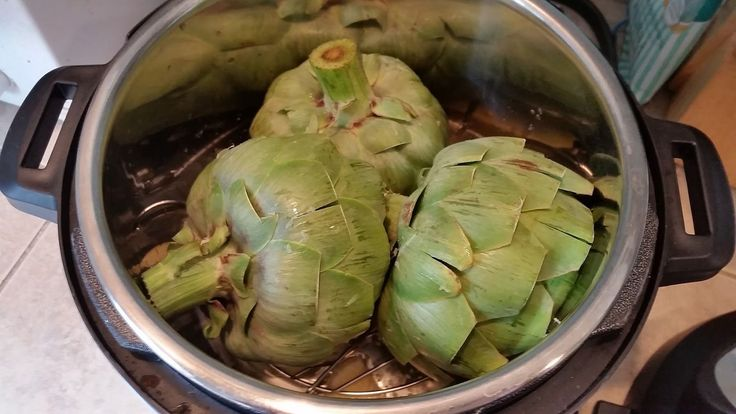 Clever, Crafty, Cookin' Mama: Artichokes in a pressure cooker (Instant-Pot)