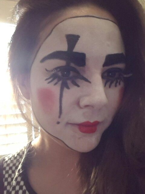Vampire halloween face paint ideas