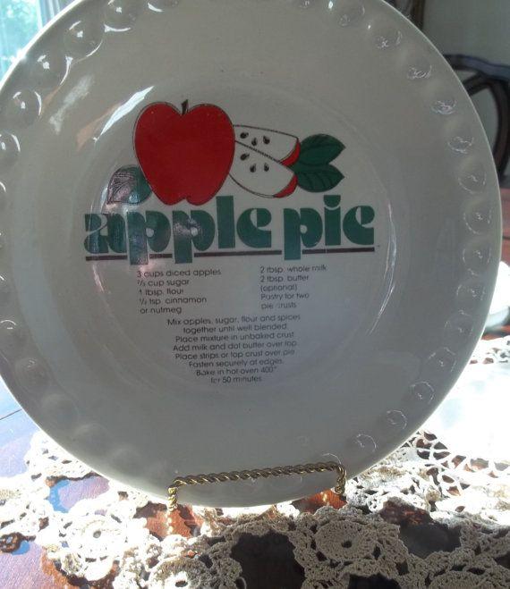 60s Circa Pie Plate Vintage Apple Pie Plate by SuzyQsVintageShop $6.00 & 435 best Pie Carriers u0026 Keepers u0026 Pans u0026 Plates images on Pinterest ...