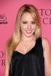 Kelly Stables Picture