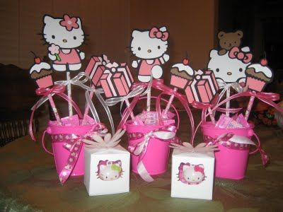 S N Surf Hello Kitty Centerpieces And Favor Boxes