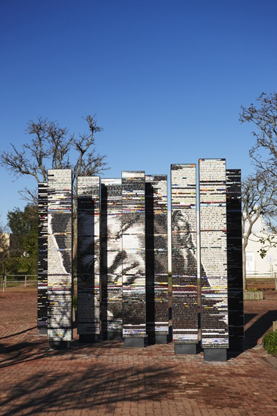 The Dying Slave, Nine Columns (4.2x0.6x0.3m each), conceived by Marco Cianfanelli and produced by Spier Architectural Arts, Contemporary style mosaic with Venetian glass, ceramic elements, engineered and natural stone; direct method, 2012. Spier Art Collection