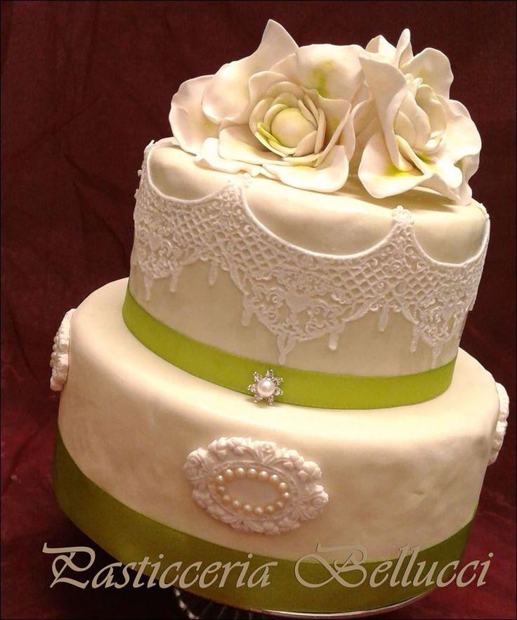 Torta di Compleanno decorata cake design Fiori e Pizzi Pasticceria Bellucci a Firenze