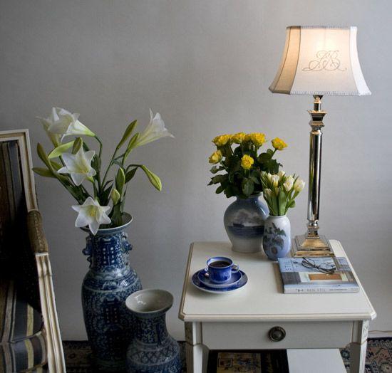 Lene Bjerre Lampeskærme med monogram, aflang model, passer flot til stagelamper. Se mere på www.dphtrading.dk