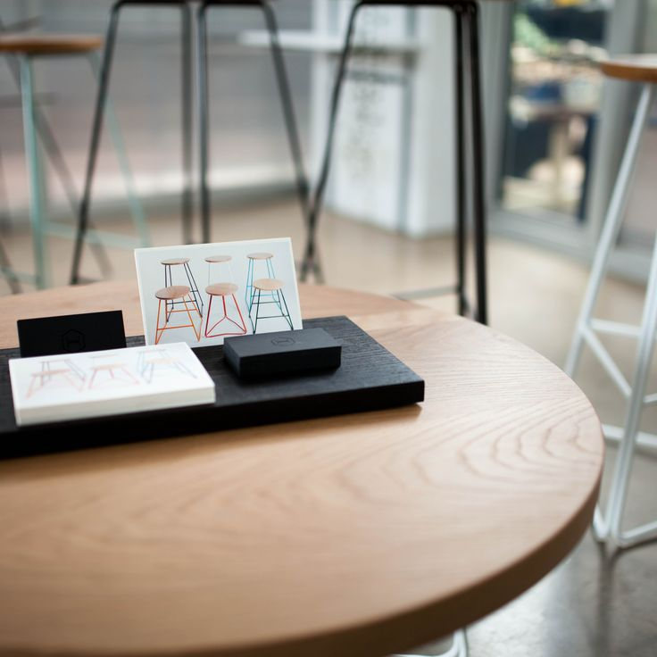 CT700 coffee table