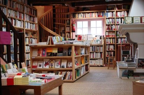 Le Bleuet, absolutely lovely bookstore in Banon, Haute-Provence, France