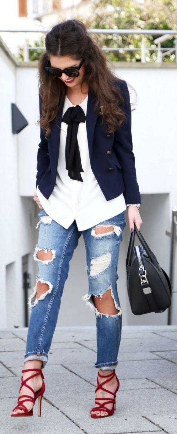 Outfits con jeans rotos                                                                                                                                                                                 Más