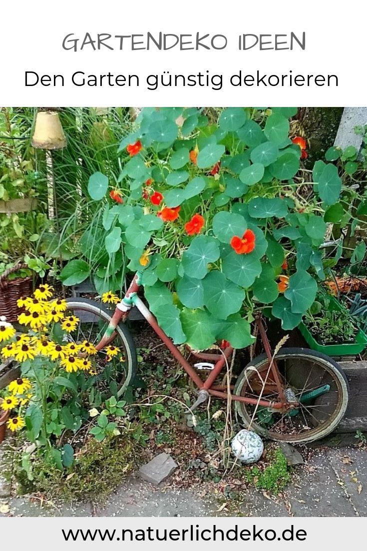 Ein Garten Wie Aus Der Gartenzeitschrift Naturlich Deko Garten Deko Garten Garten Deko Ideen