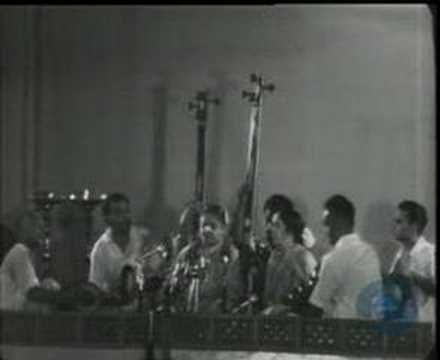 ▶ Sri Ramachandra Kripalu Bhajama_MS Subbulakshmi_Tulsi Das - YouTube