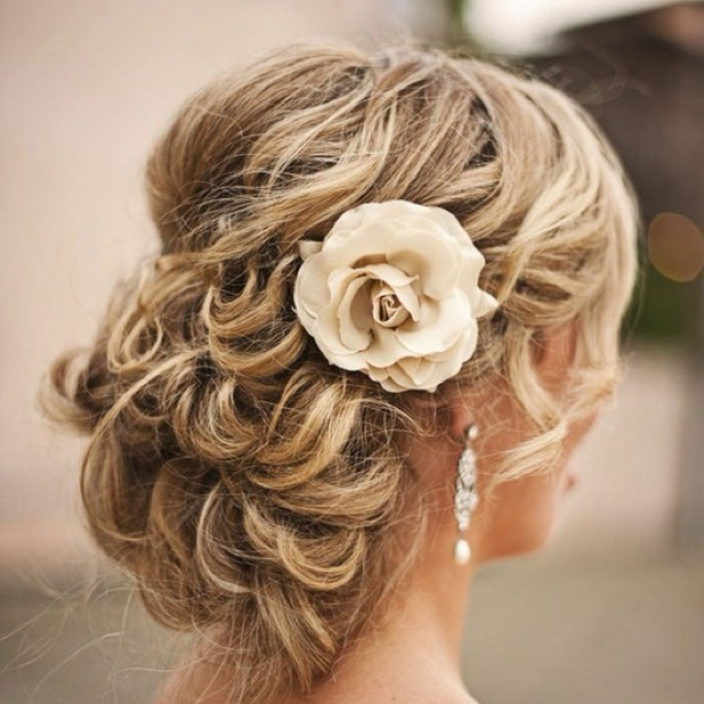 : Hair Ideas, Bridesmaid Hair, Wedding Updo, Prom Hair, Bridal Hair, Hair Style, Wedding Hairstyles, Promhair, Flower