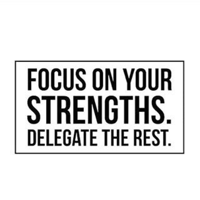 Can I delegate leg day? #quote#quotes#inspiring#motivation#fitnessquote #staypositive#noexcuses#girlswholift#focusonthegood#fitfam#strengths