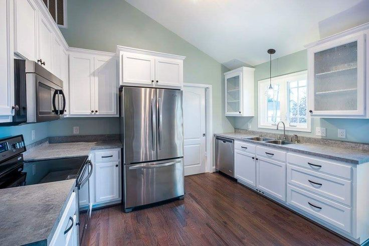 Paint color sherwin williams sea salt in kitchen for New kitchen color ideas