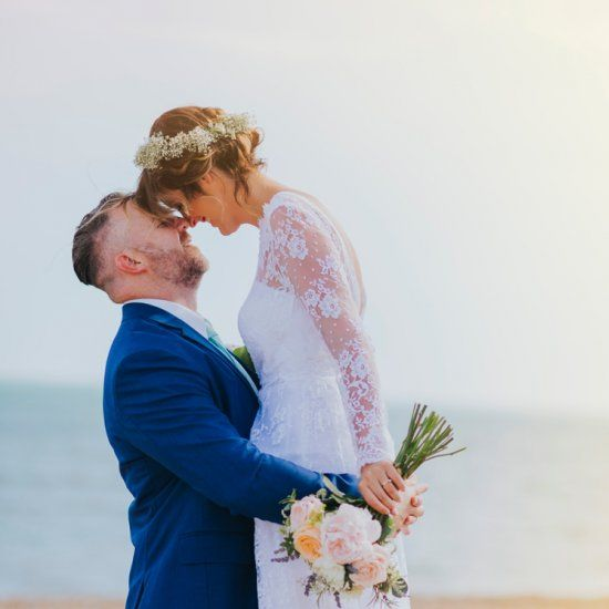 WWW readers Victoria and David chose to get married on Saturday 16th July 2016 at Hythe Town Hall in Kent.