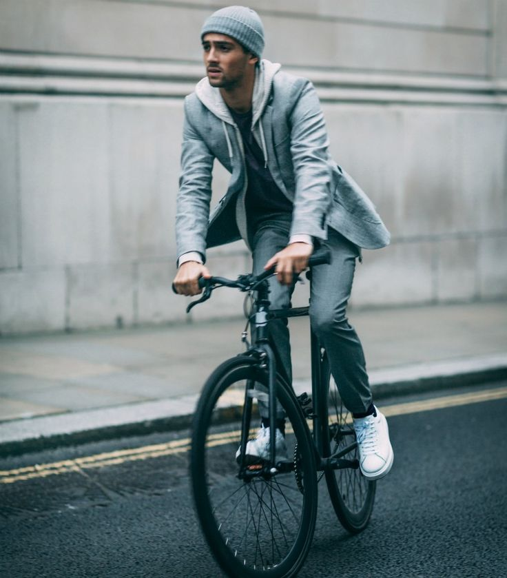 One of London's rising style mavens, Joey Londonchats to The Idle Man | #StyleMadeEasy
