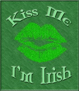 A green Saint Patrick's day Kiss Me I'm Irish greeting with lips. Animated, glitter, gif. - See this Animated Gif on Photobucket. Click to play