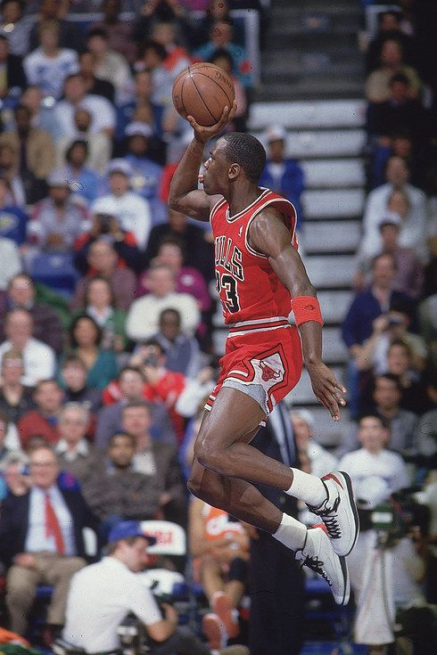 The Most Epic NBA Dunk Contest Photos of Michael Jordan Ever Taken #michael #jordan http://minivideocam.com/product-category/sports-action-camera/