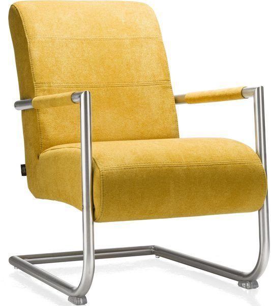 De trendy fauteuil Angelica van Henders & Hazel met rvs slede en rvs armleuning is heerlijk om in te relaxen door de enigszins actieve zit.  #trendy #fauteuil #henh #modern #design