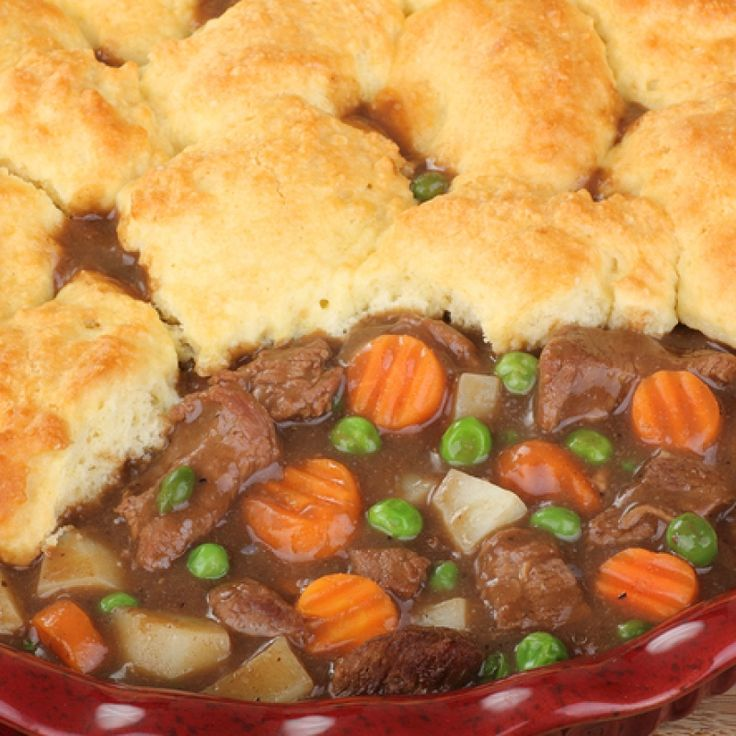 This beef pot pie recipe is for a home made biscuit topping covering a delicious beef and vegetable gravy filling.. Beef Pot Pie Recipe from Grandmothers Kitchen.