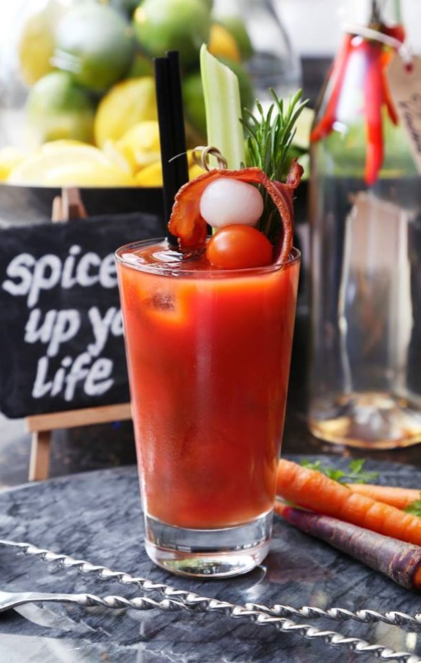 This is our kind of juice bar. Recharge with a DIY Bloody Mary at @andazlondon {Andaz Liverpool Street Hotel}