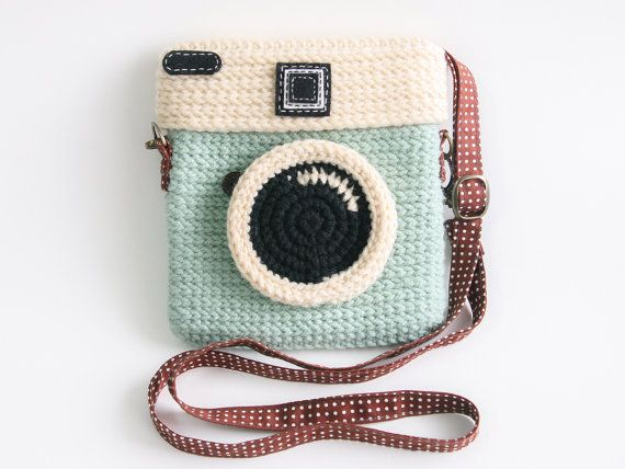 Crochet Diana Dreamer Purse (Size 6 inch)::OMG cutest thing ever