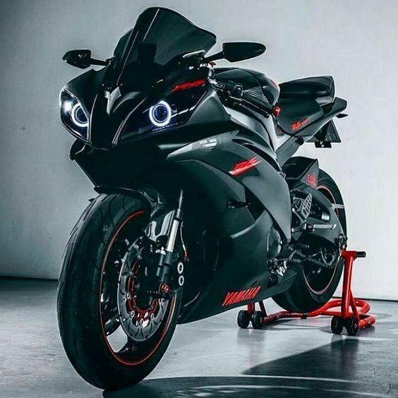 Les 15 meilleures images du tableau moto sportive sur pinterest motos sportives routi res et - Image moto sportive ...
