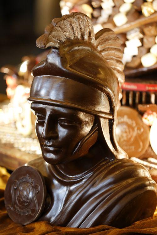 chocolate sculpture at salon du chocolat   Art & Chocolat, une exposition…