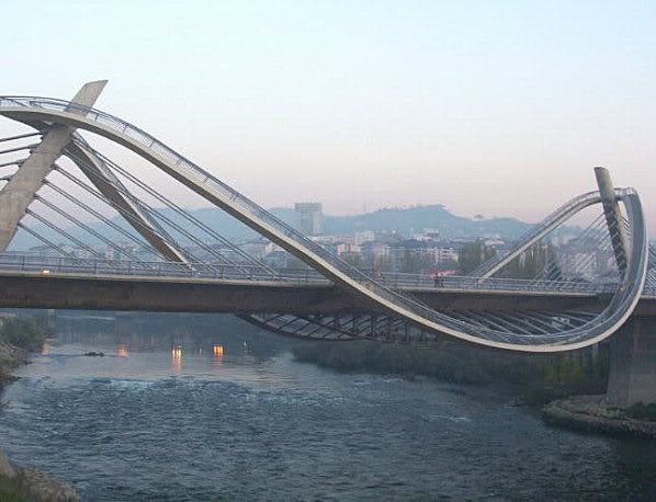 Millenium bridge, Ourense, Spain by architect Álvaro Varela de Ugarte.