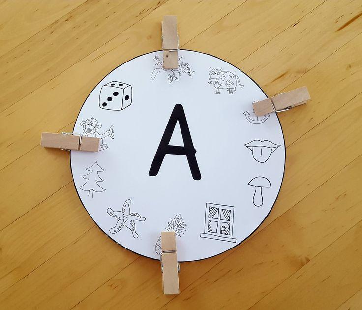 Ich habe für jeden Buchstaben eine solche Anlautscheibe entworfen. Die Schüler sollen Klammern auf die Bilder mit dem passenden Anlaut stec...