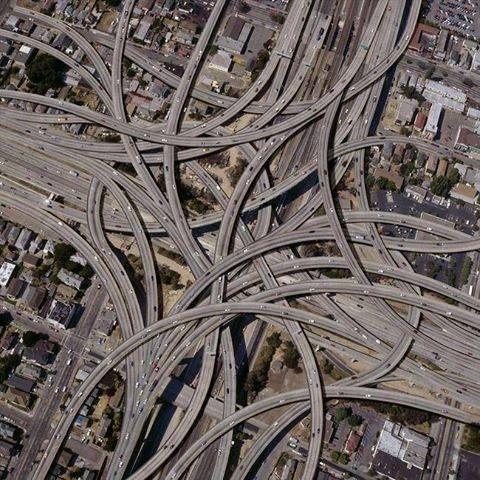 Acho que me perdia a conduzir nestas estradas