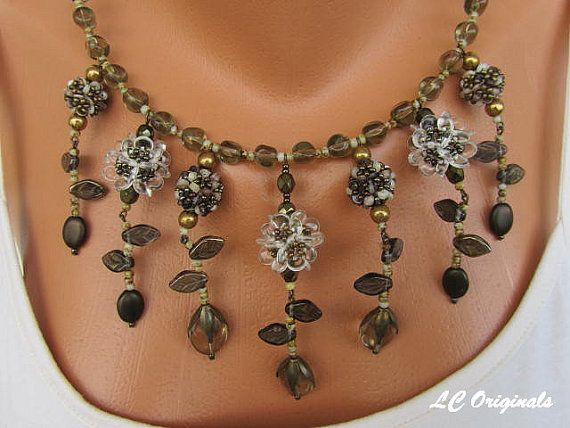 HEISHI SHELL and GLASS flowers necklace and earrings set