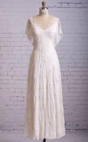 Casual wedding dress, simple wedding dress, backyard wedding dress, rustic wedding dress, vintage wedding dress, wedding dress with sleeves